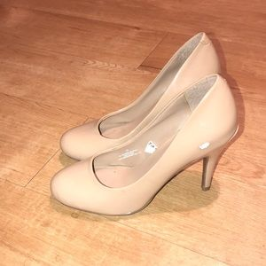 Mossimo for Target Tan Heels